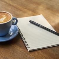 Schiebepuzzle mit dem Motiv Schriftsteller am Morgen