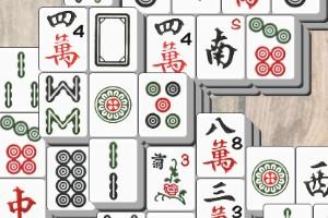 Das beliebte Mahjong, auch Mah-Jongg oder Mahjongg genannt, ist ein sehr beliebtes chinesisches Brettspiel. Ursprünglich ist Mahjong ein Spiel für bis zu vier Personen. Weltweit bekannt und beliebt wurde Mahjong durch die Variante für eine Person als Alleinspieler.